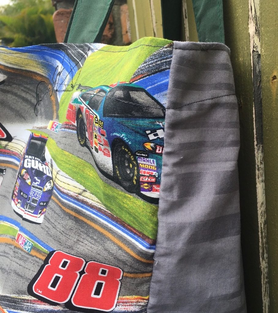 Bag with the NASCAR 88 and the signature of American racing car driver Dale Jarrett.